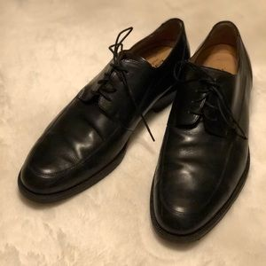 Handsome men's black dress shoes